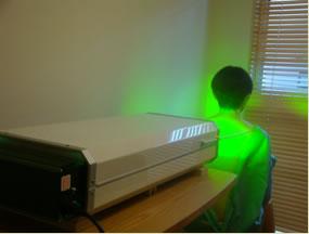 緑色の光線がフラーレンを励起する